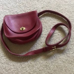 Classic Coach Crossbody Purse